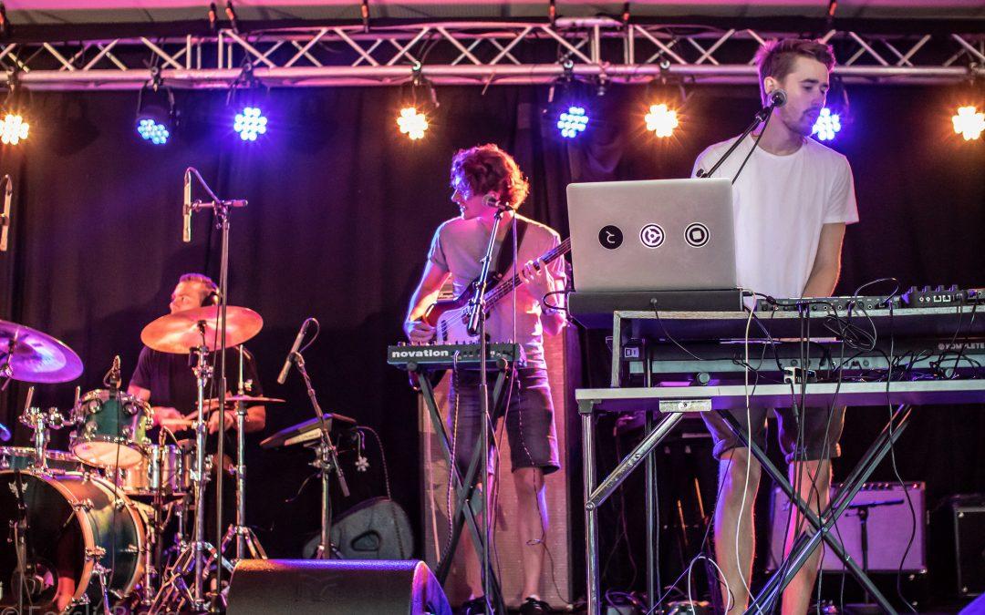 Ung musiker i Agder eller Telemark? Bli med på talentscenen Understreet 2019!